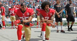 US: NFL star's protest spreads