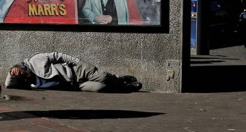 People live on the streets yet 90,000 homes vacant in Sydney
