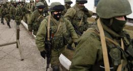 Ukraine: Russian troops take up positions throughout Crimea