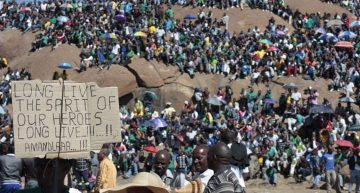 South Africa: Workers remember the Marikana massacre a year ago